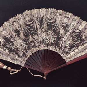 antique lace fan Brussels point de gaze